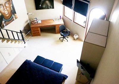 Loft-RoomView-Desk